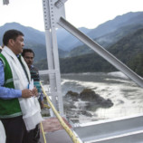 CM inspects Siang River