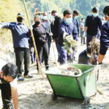 Guv bats for holistic  plan for waste disposal